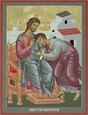 John-reclines-on-Jesus-chest